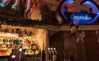 the-treasury-bar-cafe-restaurant-service